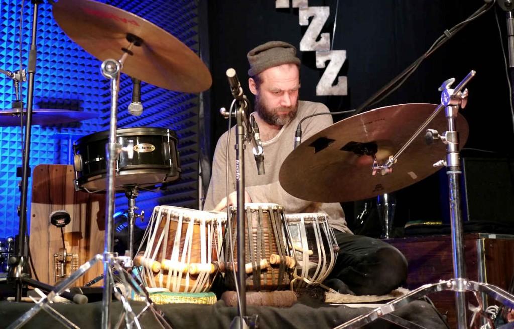 OYA · Worldjazz Masala: André Tack, Tabla/Percussion